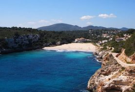 Cala Romantica Beach