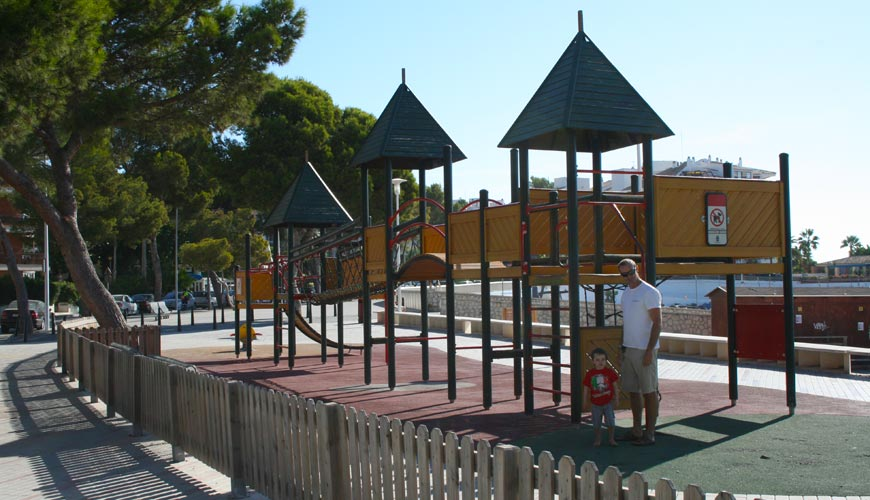 Playa Carregador Playground – Palmanova